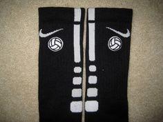 Ideas For Sport Basketball Nike Elite Socks Sport Basketball, Basketball Tricks, Basketball Shoes, Basketball Accessories, Basketball Stuff, Soccer Gear, Basketball Birthday, Basketball Season, Soccer Shirts