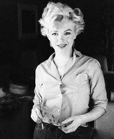 #marilyn monroe  #vintage #black and white