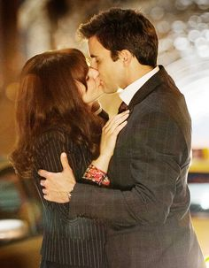 Something Borrowed: Rachel (Ginnifer Goodwin) and Dex (Colin Egglesfield) finally act on their feelings for each other.  Source: Alcon Entertainment