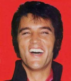Gifs de Elvis para alegrar o seu dia!