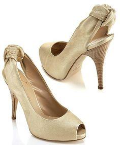 Zapatos color dorados