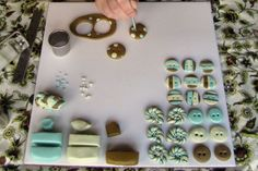 Button Tutorial from Lisa Clarke of Polka Dot Cottage.