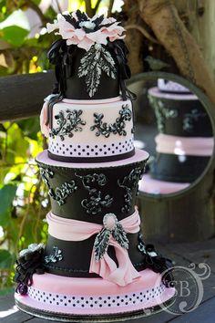 ✿⊱ Amazing Parisian style pink and black cake
