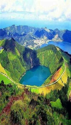 Lake of Fire, Sao Miguel Island-Azzore.:Lake of Fire, Sao Miguel Island-Azzore. Dream Vacations, Vacation Spots, Places To Travel, Places To See, Travel Destinations, Europe Places, Europe Europe, Holiday Destinations, Wonderful Places
