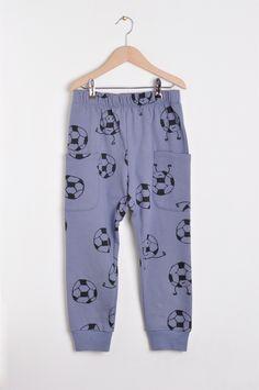 Nadadelazos Παντελόνι από οργανικό βαμβάκι - Asfa Dakar Παιδικά ρούχα από οργανικό βαμβάκι nadadelazos Barcelona, Pajama Pants, Pajamas, Fashion, Pjs, Moda, Sleep Pants, Fashion Styles, Pajama