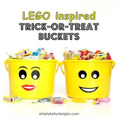 LEGO Inspired Trick or Treat Buckets With Free Printable | Simply Kelly Designs