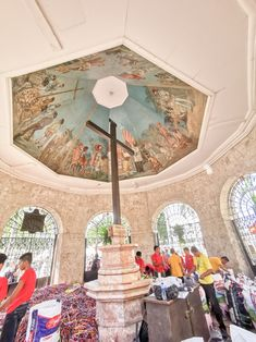 Must not miss this when in Cebu. Magellan's Cross is the most historical place in Cebu. What to do in Cebu. Sinulog Festival, Singapore Itinerary, Cebu City, Top Destinations, City Photography, The Visitors, Spanish Style, Beautiful Islands, Historical Sites