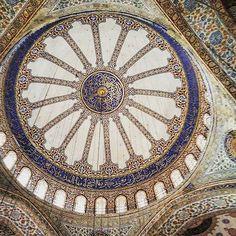 ▪ BLUE MOSQUE ▪  #istanbul #turkey #travel #jetsetter #passport #luggage #holiday #europe #kylieandnikeurope2015 #bluemosque #mosque #religion