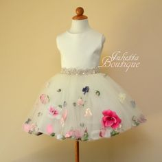 Check out this item in my Etsy shop https://www.etsy.com/listing/238358463/ivory-flower-girl-dress-birthday-party