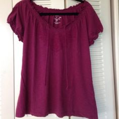 Women's Magenta top Magenta short sleeve top with embroidered design and tie at front Sonoma Tops