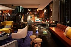 Artravel Hotels - Guide de voyage contemporain (Lobby of QT Hotel, Sydney)