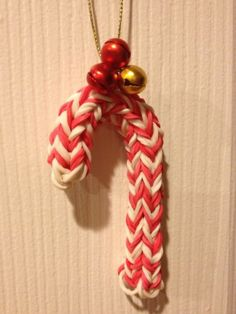 Rainbow Loom Candy Cane Ornament this is really cute!!!