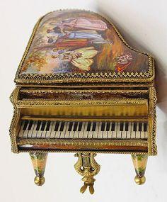 Музыкальные шкатулки старинные и не очень. Обсуждение на LiveInternet - Российский Сервис Онлайн-Дневников
