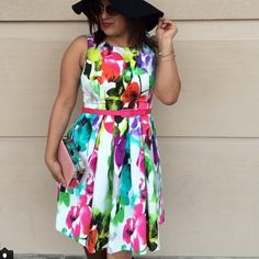 Loving this #floral dress!