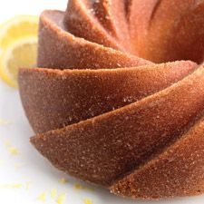 Brown Sugar Sour Cream Pound Cake : King Arthur Flour