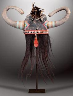 WUYAQKUYTAQA - Masque Heaume WUYAK-KU-ITA (Colton 22). HOPI, Arizona. Ca. 1890-1900