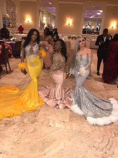 prom dresses two piece . prom dresses long with sleeves Prom Dresses Slay, Black Girl Prom Dresses, Senior Prom Dresses, Gorgeous Prom Dresses, Prom Outfits, Mermaid Prom Dresses, Event Dresses, Lavender Prom Dresses, Unique Dresses