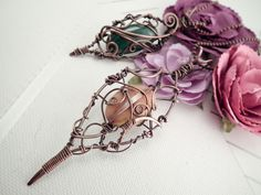 Antiquing jewelry is a simple way to add sophistication to any silver or copper wire wrap. Learn how to antique jewelry in minutes with this FREE photo tutorial.