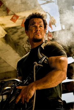 Mark Wahlberg | TRANSFORMERS: AGE OF EXTINTION http://www.imdb.com/title/tt2109248/