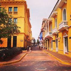Tão amarelo! 💛💛💛💛 Cartagena - Colombia