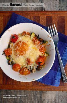 Garden Harvest Breakfast Bowl ~ Sumptuous Spoonfuls #baked #egg #breakfast #recipe