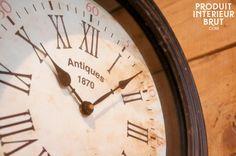 Horloge de Quai double face Style Retro, Style Vintage, Clock, Wall, House, Ideas, Home Decor, Vintage Typography, Watch