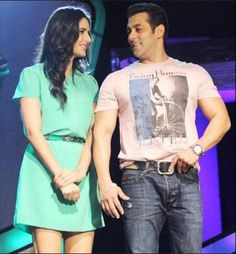 Salman Khan refuses to do an advertisement which also had Katrina Kaif. Reportedly he rejected ad despite he was offered 7 crores to for it.