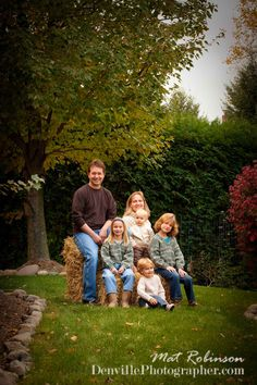 Outdoor Family Portrait Ideas | Outdoor family portraits in the fall in Denville, NJ, by photographer ...