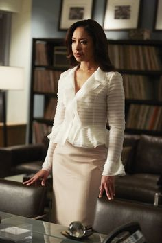 "SUITS -- ""Exposure"" Episode 408 -- Pictured: Gina Torres as Jessica Pearson -- Get premium, high resolution news photos at Getty Images Gina Torres, Lawyer Fashion, Office Fashion, Work Fashion, High Fashion, Business Outfits, Office Outfits, Stylish Outfits, Costumes Jupe"