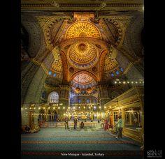 New Mosque - Eminönü Istanbul, Turkey