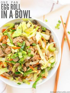 This easy egg roll in a bowl recipe (a.k.a. crack slaw) is Whole30, keto, low-carb, paleo and you only need one pan. It doesn't get any better!t his stuff is one of THE BEST dinners I've made since being on the Whole30. Sub pork for your ideal protein - shrimp, turkey, chicken or beef, or leave it out to make it vegetarian! #eggroll #homemade Whole 30 Recipes, Real Food Recipes, Diet Recipes, Pork Recipes, Pasta With Onions, Homemade Italian Meatballs, Eggroll In A Bowl, Crack Slaw, Hummus Recipe