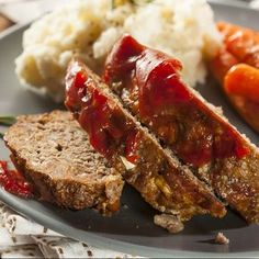 This delicious beef and pork meatloaf recipe has a great combination of ingredients and produces a very tasty meatloaf. Beef And Pork Meatloaf Recipe from Grandmothers Kitchen. Pork Meatloaf, Healthy Meatloaf, Meatloaf Recipes, Pork Recipes, Cooking Recipes, Meatloaf Recipe With Beef And Pork, Amish Recipes, Dutch Recipes, Meat Loaf Recipe Easy