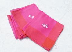Set of 4 french vintage pink napkins , monogrammed AP Machine embroidered , made in cotton polyester Very good condition, seems to be never used  Size : 48x52cm (17x181/2)   In the event that you are not satisfied, I will accept returns within 7 days of you receiving your item, provided it is returned in its original condition. Shipping is not refundable.