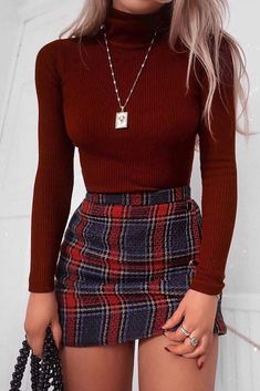 Cute School Outfits With Plaid Mini Skirt plaidskirt miniskirt Cute casual back to school outfits for teens highschool and for college to make your first day of school unforgettable backtoschooloutfits Source by clothes Christmas Fashion Outfits, Winter Fashion Outfits, Mode Outfits, Cute Casual Outfits, Girly Outfits, Look Fashion, Stylish Outfits, Casual Chic, Summer Outfits