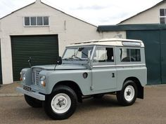 """Land Rover series 111, 88"""" Station Wagon For Sale (1979)"""
