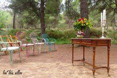 ALQUILER DE MUEBLES VINTAGE PARA UNA BODA EN EL BOSQUE Outdoor Furniture Sets, Outdoor Decor, Valencia, Instagram Posts, Home Decor, Vintage Furniture, Antique Furniture, Recycled Furniture, Chairs