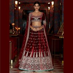 These Maroon Bridal Lehengas Are The New Bridal Color That You Must Consider. For more such bridal information, visit shaadiwish. Indian Wedding Lehenga, Bridal Lehenga, Lehenga Jewellery, Anita Dongre, Bridal Outfits, How To Look Classy, Bridal Looks, The Dress, Indian Fashion