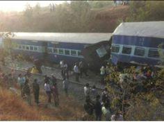 बेंगलुरू से एर्नाकुलम जा रही एक एक्सप्रेस ट्रेन आज होसुर के समीप पटरी से उतर गई जिससे कई लोगों के घायल होने की आशंका है। रेलवे के सूत्रों ने