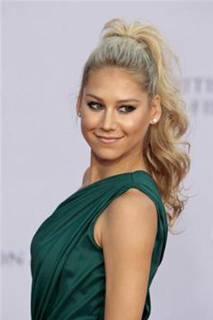 anna kournikova - curly high ponytail