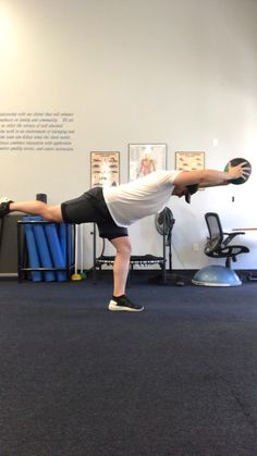Kickboxing Workout, Gym Workout Videos, Workout Memes, Plank Workout, Gym Workouts, At Home Workouts, Movement Fitness, Spartacus Workout, Resistance Workout