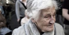 A new Danish study encourages Alzheimer patients to get active for an improved mental and physical wellbeing. Physical exercise relieves symptoms of Alzheimer's Alzheimers, Dementia Care, Alzheimer's And Dementia, Dementia Diagnosis, Early Dementia, Anti Ride Naturel, Spiritual Meaning, Medical News, Sleep Apnea