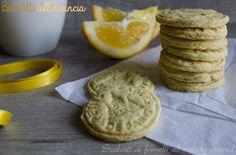 Biscotti arancia e tè friabili e leggeri http://blog.giallozafferano.it/studentiaifornelli/biscotti-arancia-e-te-friabili-e-leggeri/