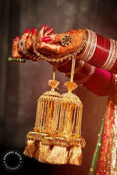Kalire is an essential part of a Punjabi bride's look. Here, we bring to you top bridal kalire designs trending this wedding season. Wedding Chura, Desi Wedding, Farm Wedding, Boho Wedding, Wedding Reception, Wedding Bells, Wedding Bride, Wedding Decor, Bridal Bangles