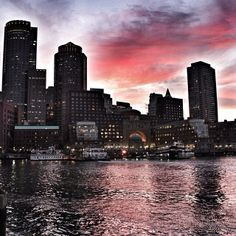 Photo by @wanderlustwandermust Boston Harbor www.instagram.com/visitboston