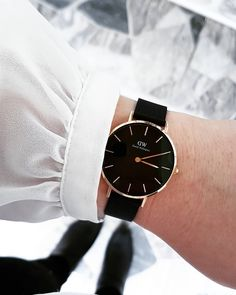 056114936a95 Timeless and elegant watches online