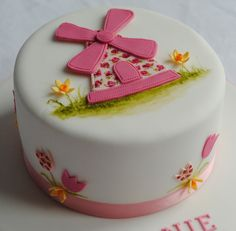 from the custom cake shop. Love it. It is so pretty