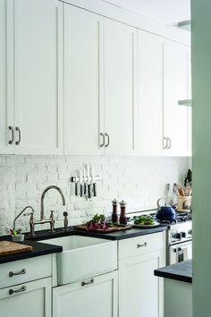 Ann-DeSaussure-Davidson-Brooklyn-gallery-kitchen-Remodelista