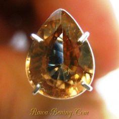 Batu Mulia Zircon Orangy Brown 2.26 carat Pear Cut. Penjualan disertai memo batu mulia dari IGL ASIA.
