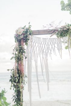 Bohemian wedding at the Jupiter Beach Resort. Florals by Simply Flowers. Jessica Bordner Photography.