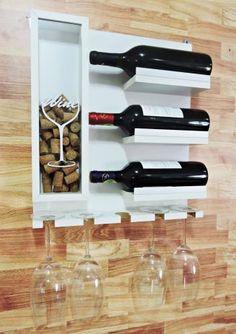 Wine Rack Wall, Wood Wine Racks, Wine Glass Rack, Small Wood Projects, Diy Pallet Projects, Coffee Bar Design, Pallet Wine, Backyard Bar, Wine Cabinets